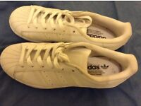 New adidas superstar white size 6 trainers