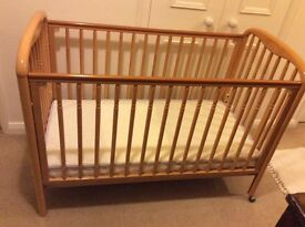 Cosatto Cot in very good condition.