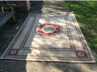 Great condition large rug