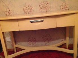 Excellent condition nearly new dressing table, from sterling