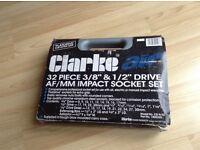 "CLARKE AIR 32 PIECE 3/8"" & 1/2"" DRIVE SOCKET SET"