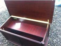 Stunning quality M&S St Michael toy box/ottoman/trunk