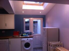 Single bedroom off Lisburn rd (houseshare)