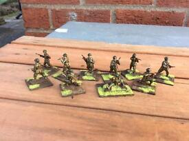 New Airfix WW2 US Paratroopers. Ten well painted soldiers. 1/72 Scale