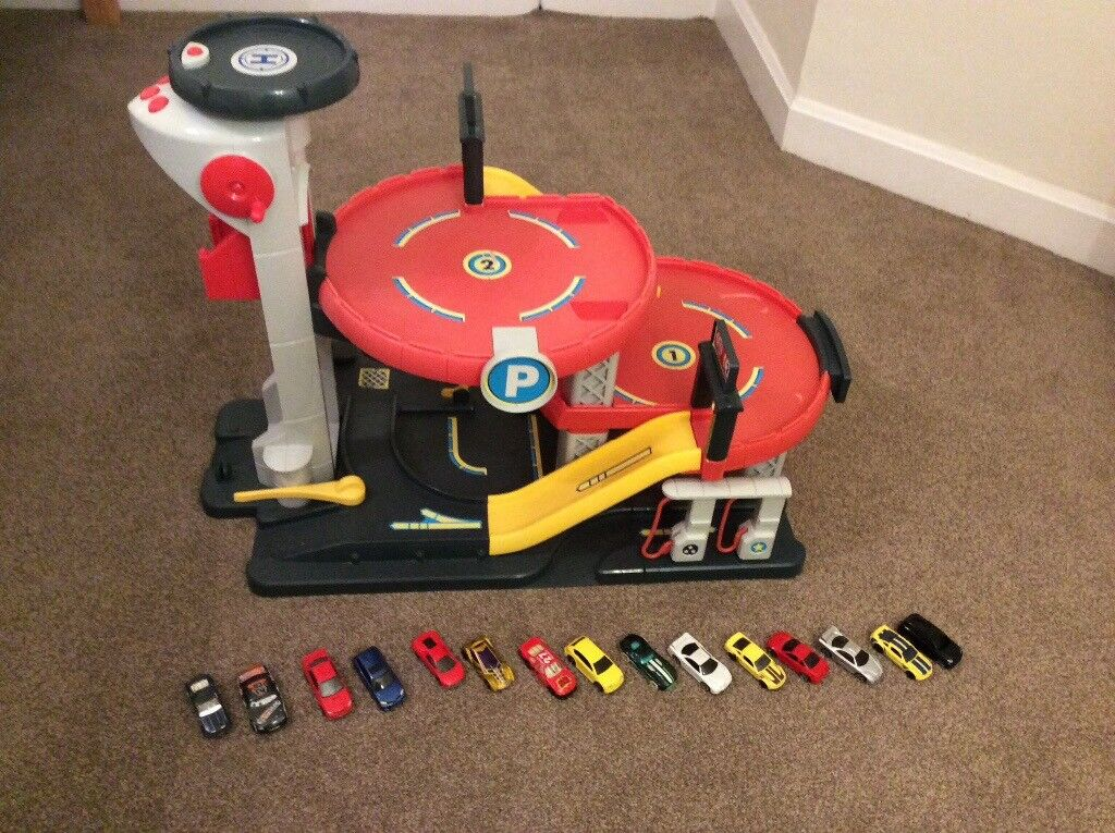 ELC Car Garage and Cars