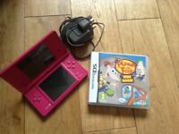 Pink Dsi with game
