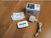 HUAWEI E5330Bs-6 MOBILE WIFI DEVICE. INCLUDING CHARGER & CABLE. UNLOCKED.