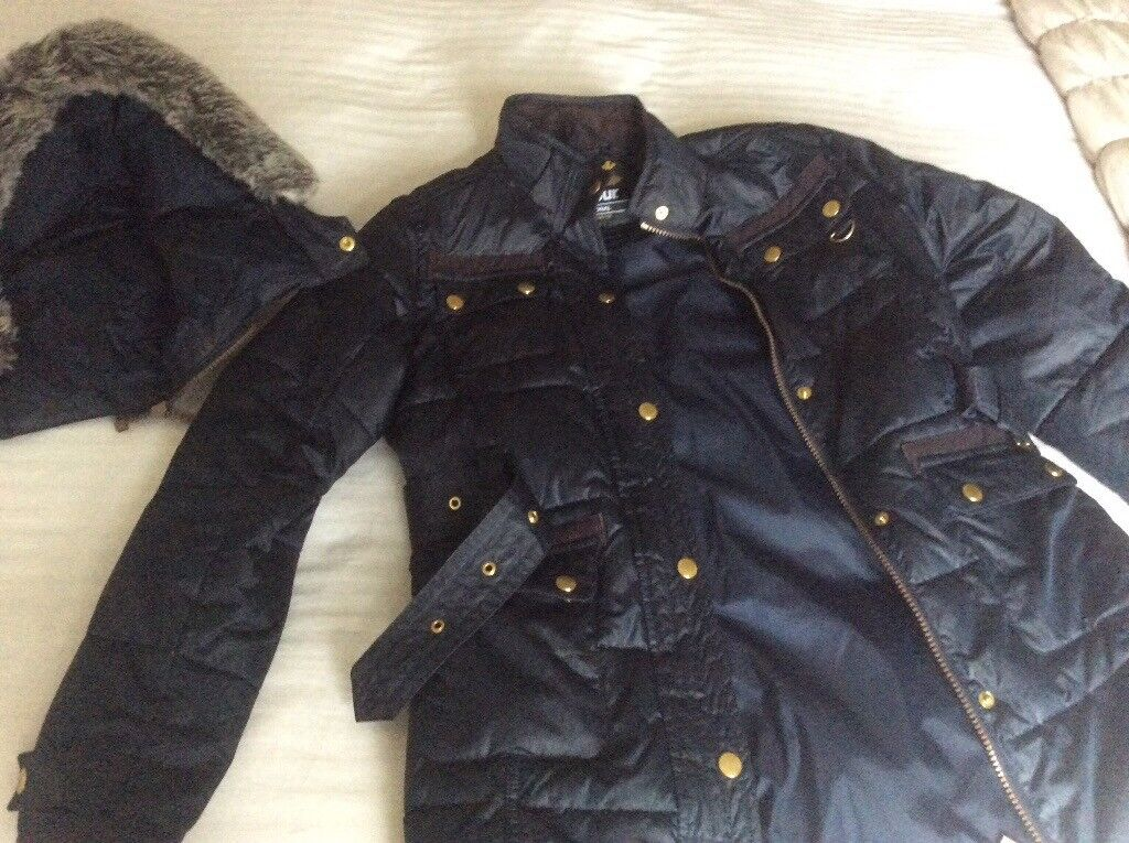 Girl's Barbour Arctic Parker age 10-11 years in navy blue with detachable fur & hood excellent cond