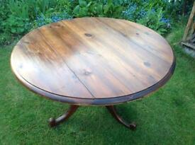 Dining Table Round Vintage Ideal for Xmas open to offers