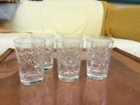 Set of six glass tumblers with diamond pattern