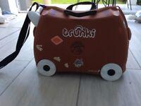 Trunki gruffalo, kids suitcase, ride-on suitcase,