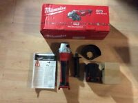 MILWAUKEE M18 GRINDER + 2 PACKS DISCS, TORCH AND BATTERY NO SWAPS CHRISTMAS GIFT IDEA