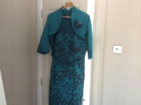 Here I have to loverly dresses for sale £ 30 for one or £ 60 for too & the fascinated