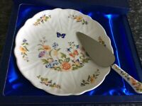 Aynsley bone China cottage garden cake plate and server