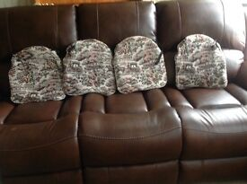 4 dinning chair cushions/seat pads good condition