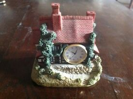 Quartz Cottage Clock