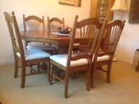 Solid Wood Dining Table And Chairs Medium Oak Excellent Condition