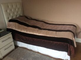 Single bed with pull out 2nd guest bed