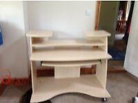 Light coloured computer desk with pull out draw