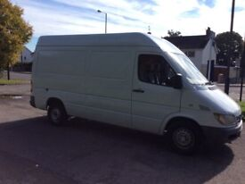 mercedes sprinter 311cdi mwb white 2005 with very low mileage