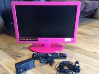 """Logik 19""""12v HD LED pink tv with digital freeview and dvd combi"""