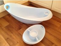 BLUE BABY BATH AND TOP AND TAIL BOWL SET. FROM MOTHERCARE. VERY GOOD CONDITION.