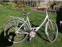 Ladies bike, silver colour, Giant Expression, 18 gears, good working order