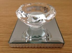 Crystal Single Tealight Holder on Glass Plate 8.5cm