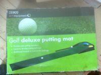 Deluxe Golf Putting Mat.