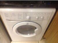 Indesit washer/dryer