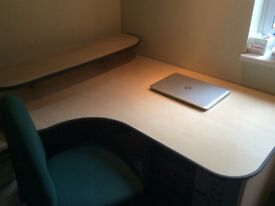 Corner desk & and chair