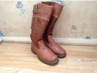 Tamaris Women size 5 Boots