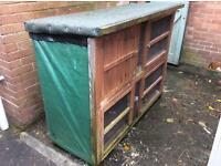 X-large guinea pig/rabbit hutch and large run