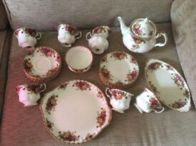 Royal Albert Old Country Roses tea set, vintage