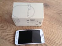 Samsung Galaxy core prime LTE : White