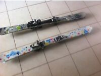 Twin tip skis 135 cm one pair Roxy one pair Elan make me an offer
