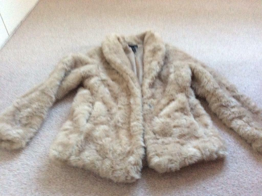 3b33bcfcf3 Faux fur coat