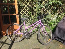 Ladies Bike, helmet, basket and lock