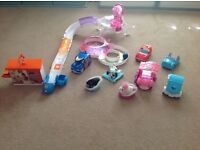 Zhu Zhu pets and accessories - great condition