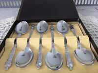 Boxed Set of 6 Apostle Spoons.