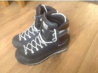 Scarpa Manta Boots