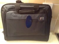 HP Laptop bag with HP mini mouse