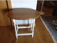 Oak side or lamp table
