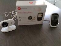 Motorola watch them dream digital video monitor ( model MBP18) - hardly used