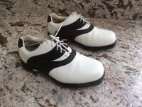 Golf Shoes - size 5