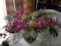 Artificial flowers with vase from Peony