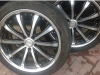 Nissan Elgrand /Pathfinder alloy wheels and tyres