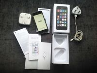 iPhone 5s in MINT condition - Space Grey 16gb - EE