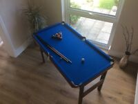 """Pool table, 29""""x54"""", very little use, complete as seen in photos"""