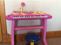 FIFI AND THE FLOWER TOTS KEYBOARD AND STOOL